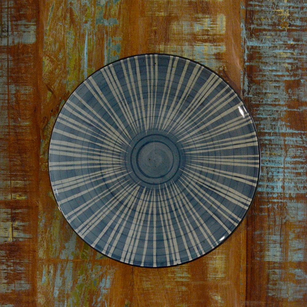 Japan plate, lines