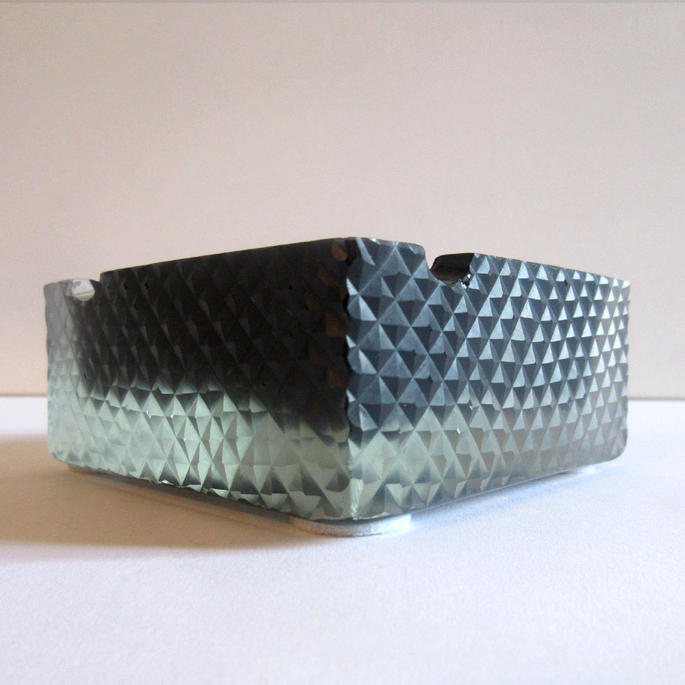 BLACK CUBE ASHTRAY