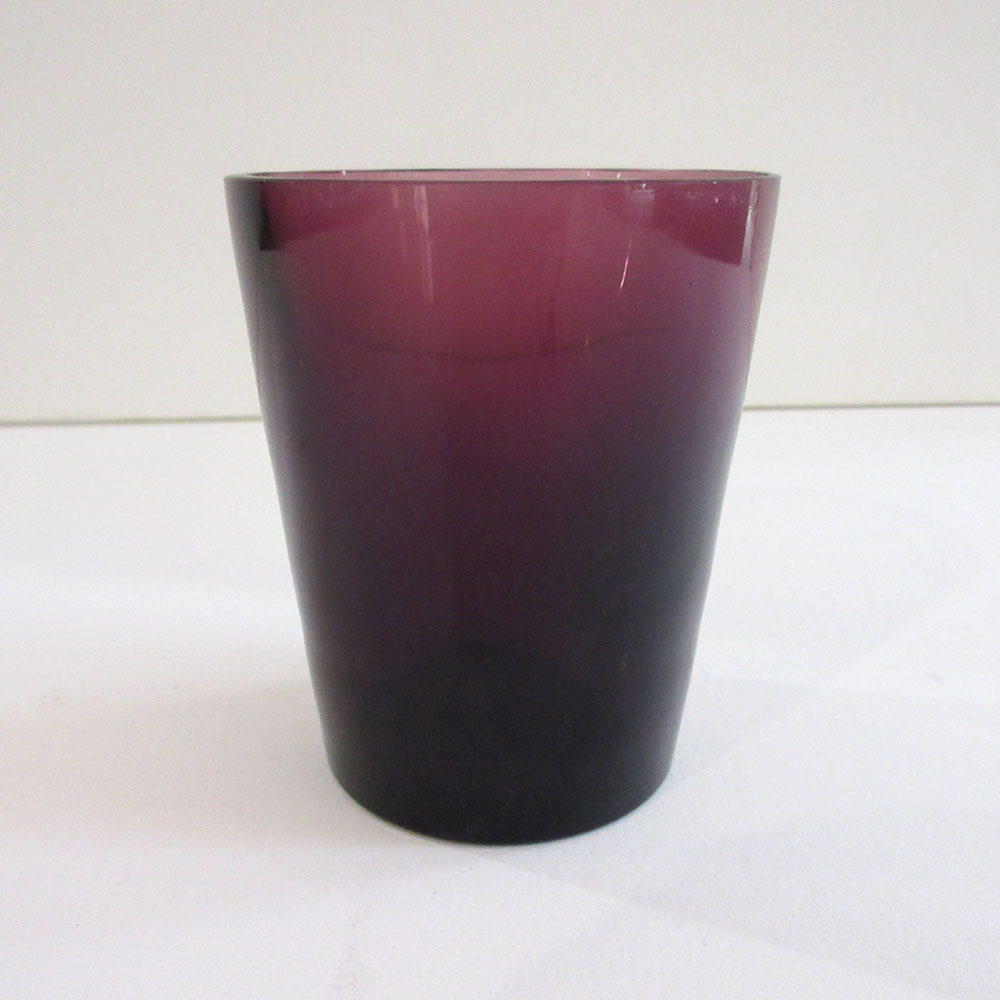 11   Tumbler t-light, purple
