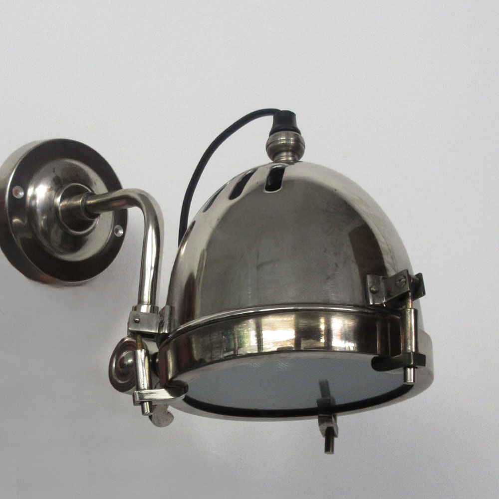 COUPE WALL LIGHT