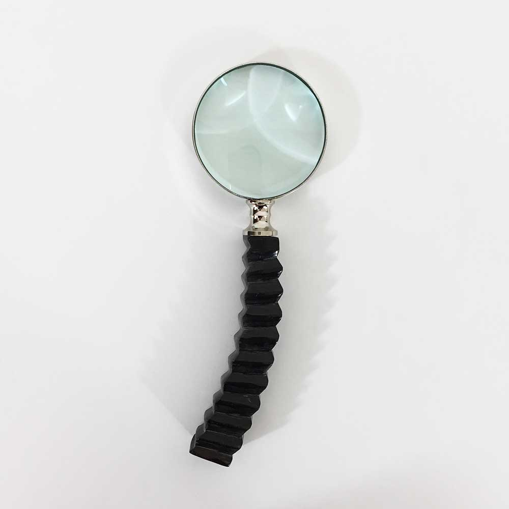 MINI MAGNIFYING GLASS