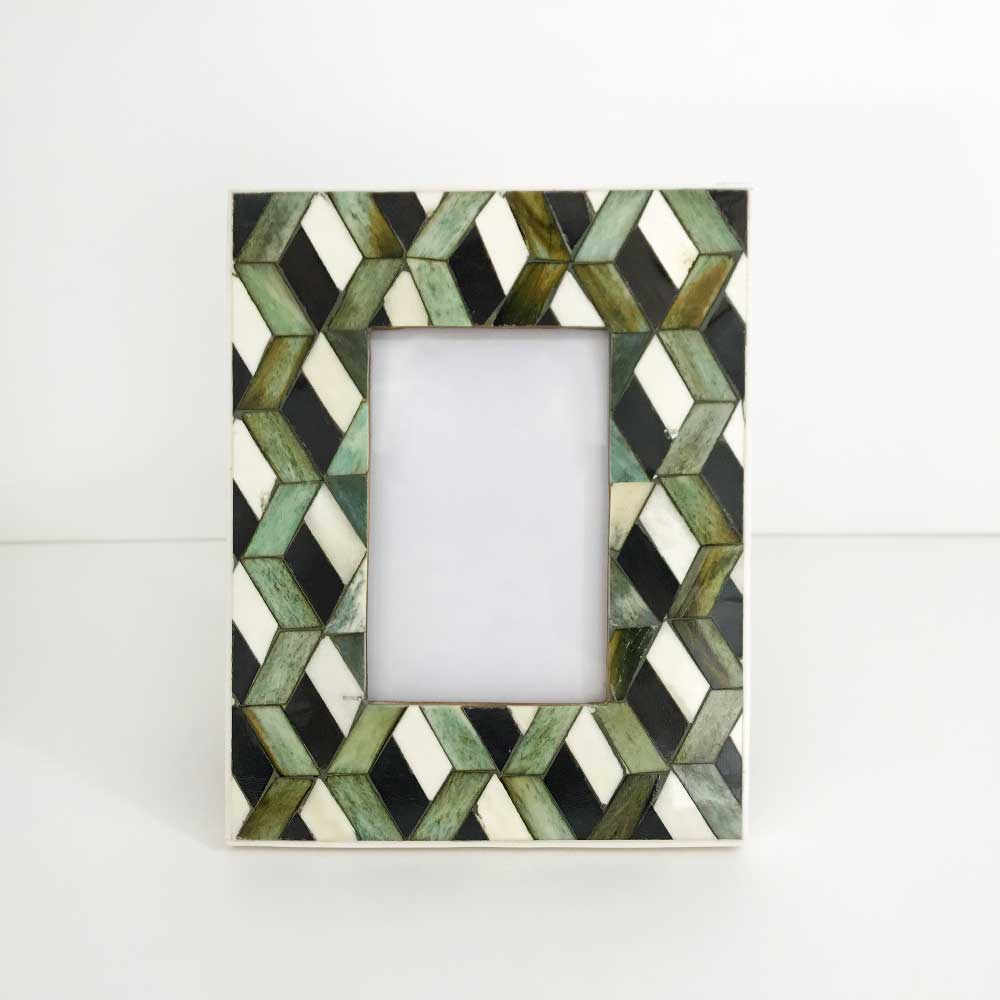 07   Chevron BONE photo frame